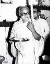 SrilaGurudeva-12