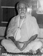 SrilaGurudeva-15