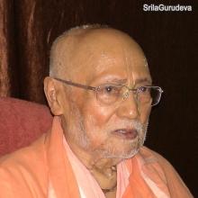 SrilaGurudeva-52